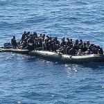 immigrati_gommone3_170312_marina-400x300-400x300